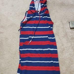Sleeveless hooded maxi stripes cozy